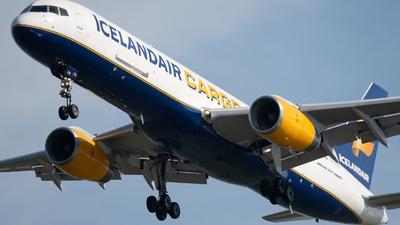 A picture of TFFIG - Boeing 75723A(PF) - Icelandair - © N. Goodman