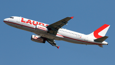 OE-IBJ - Airbus A320-232 - LaudaMotion