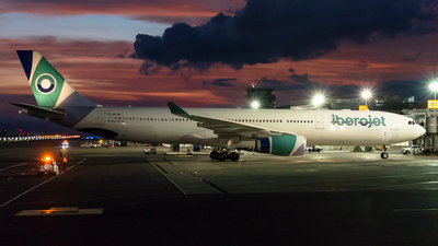 A picture of ECMII - Airbus A330343 - Iberojet - © Alfredo La Red