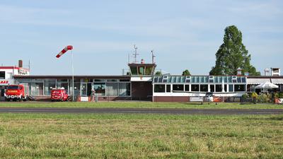 EDWQ - Airport - Terminal