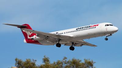 VH-NHJ - Fokker 100 - QantasLink (Network Aviation)