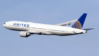 A picture of N778UA - Boeing 777222 - United Airlines - © Len Schwartz