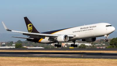 A picture of N313UP - Boeing 76734AF(ER) - UPS Airlines - © Juan Pablo MS