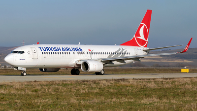 A picture of TCJHA - Boeing 7378F2 - Turkish Airlines - © Zoltán Gyurka