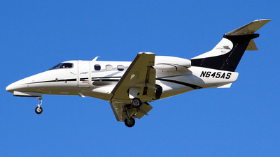 A picture of N645AS - Embraer Phenom 100 - Executive Flight Services - © Moralesroger25