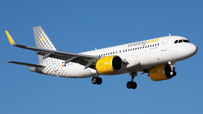 A picture of ECNFJ - Airbus A320271N - Vueling - © Florencio Martin Melian