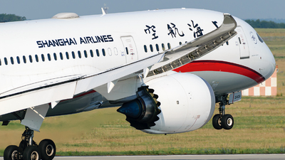 B-20CD - Boeing 787-9 Dreamliner - Shanghai Airlines
