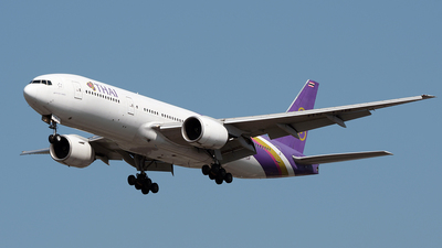 A picture of HSTJR - Boeing 7772D7(ER) - Thai Airways - © Huang Chengjen