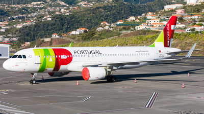 A picture of CSTNT - Airbus A320214 - TAP Air Portugal - © Martin Rogosz