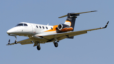 A picture of N492BB - Embraer Phenom 300 - [50500018] - © Jeremy D. Dando