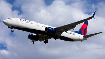 A picture of N877DN - Boeing 737932(ER) - Delta Air Lines - © Michael Rodeback
