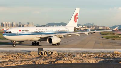 B-5918 - Airbus A330-243 - Air China