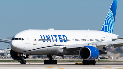 N210UA - Boeing 777-222 - United Airlines
