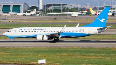 A picture of B5528 - Boeing 73785C - Xiamen Air - © YICHEN_C