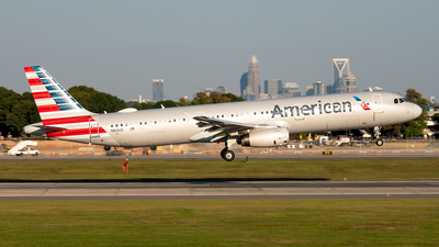 A picture of N913US - Airbus A321231 - American Airlines - © Yan777