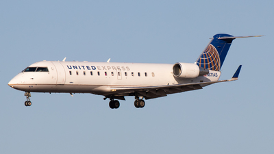 A picture of N871AS - Mitsubishi CRJ200LR - United Airlines - © Brandon Ravelo