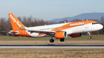 G-UZLA - Airbus A320-251N - easyJet