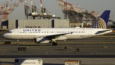 N463UA - Airbus A320-232 - United Airlines