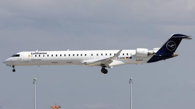 A picture of DACNK - Mitsubishi CRJ900LR - Lufthansa - © Michael Knüfer