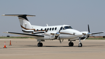 N133GA - Beechcraft 200 Super King Air - Private