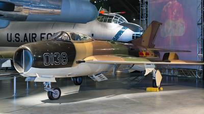 0138 - Mikoyan-Gurevich MiG-19S Farmer C - Vietnam - Air Force