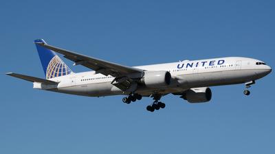 N783UA - Boeing 777-222(ER) - United Airlines