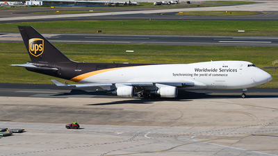A picture of N570UP - Boeing 74744A(F) - UPS Airlines - © Mark H
