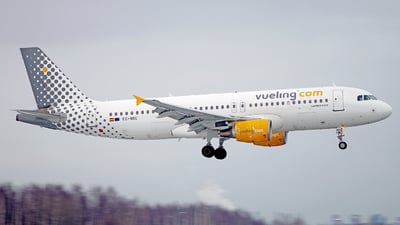 EC-MBE - Airbus A320-214 - Vueling Airlines
