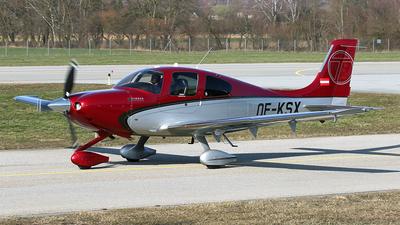 OE-KSX - Cirrus SR22T - Private