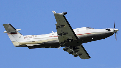 A picture of N529PS - Pilatus PC12/45 - [529] - © Orlando Suarez