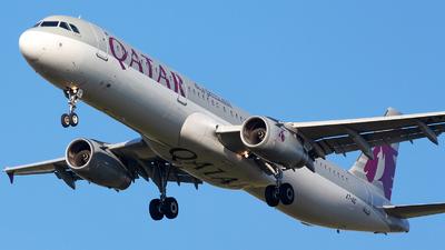 A picture of A7AIC - Airbus A321231 - Qatar Airways - © Robert Dumitrescu