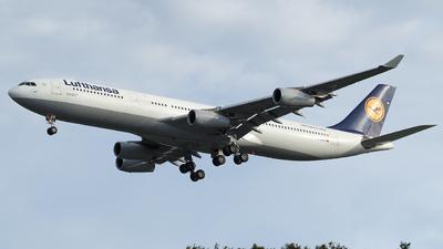 D-AIFC - Airbus A340-313X - Lufthansa