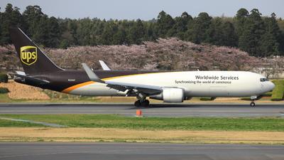 A picture of N334UP - Boeing 76734AF(ER) - UPS - © hiko_0