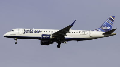 A picture of N368JB - Embraer E190AR - JetBlue Airways - © Maik Voigt
