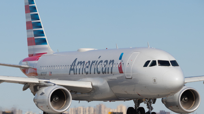 A picture of N778XF - Airbus A319112 - American Airlines - © Shon F