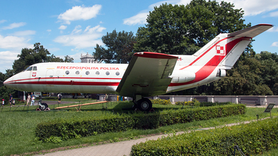 044 - Yakovlev Yak-40 - Poland - Air Force