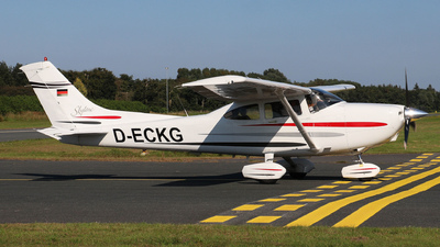 D-ECKG - Cessna 182S Skylane - Private