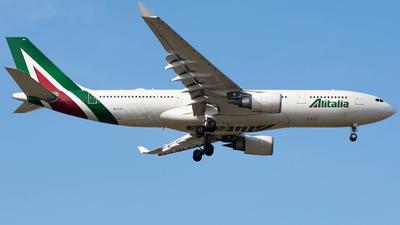 EI-EJJ - Airbus A330-202 - Alitalia
