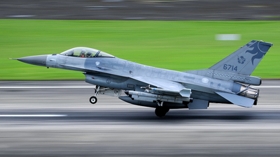 6714 - General Dynamics F-16A Fighting Falcon - Taiwan - Air Force