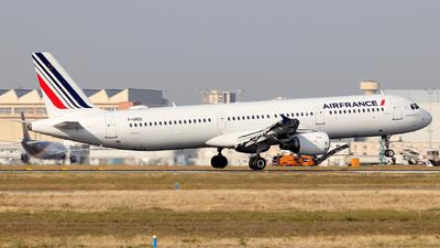 A picture of FGMZD - Airbus A321111 - Air France - © Alberto Cucini