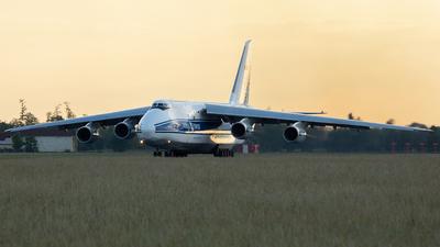 A picture of RA82046 - Antonov An124100 Ruslan - VolgaDnepr Airlines - © Philipp Greiml