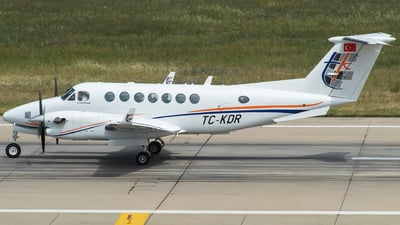 TC-KDR - Beechcraft B300 King Air 350 - Private