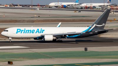 N449AZ - Boeing 767-3P6(ER)(BDSF) - Amazon Prime Air (Air Transport International)