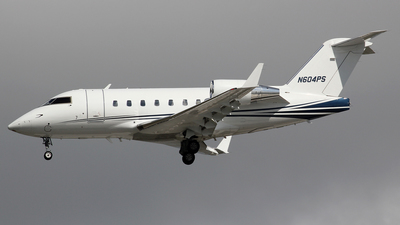 N604PS - Bombardier CL-600-2B16 Challenger 604 - Private