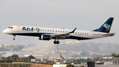 A picture of PRAXB - Embraer E195AR - Azul Linhas Aereas - © Antonio Carlos Carvalho Jr.
