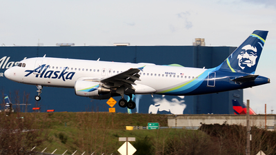 A picture of N849VA - Airbus A320214 - Alaska Airlines - © Huy Do