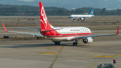 A picture of B1147 - Boeing 73789P - China United Airlines - © LeoRay