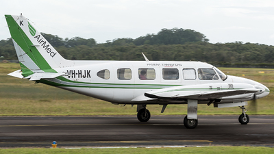VH-HJK - Piper PA-31-350 Chieftain - Air Med