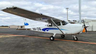 A picture of VHZIQ - Cessna 172S Skyhawk SP - [172S12327] - © LIU ZF