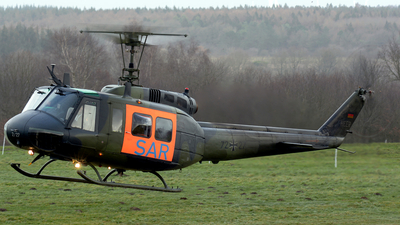 72-27 - Bell UH-1D Iroquois - Germany - Army
